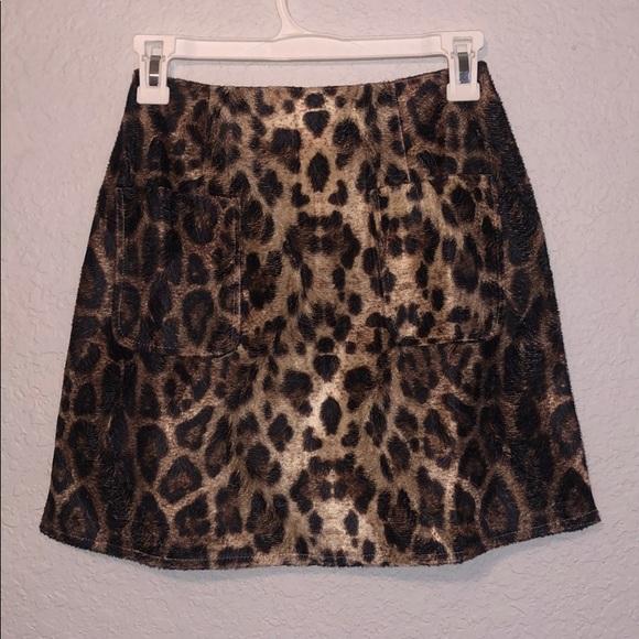 PrettyLittleThing Dresses & Skirts - Leopard print skirt